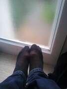 Photos des pieds de Melle, mes pieds avec des collants :$