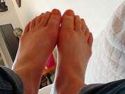 Photos des pieds de Ladylollipop, Orange, pieds tous fatigués