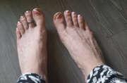 Photos des pieds de Coquinerose, Mes petit pieds bague