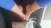 Photos des pieds de Milka blanc, hip hip