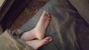 Photos des pieds de Youah, Mes petit pieds