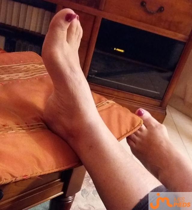 Photo des pieds de Poupettina