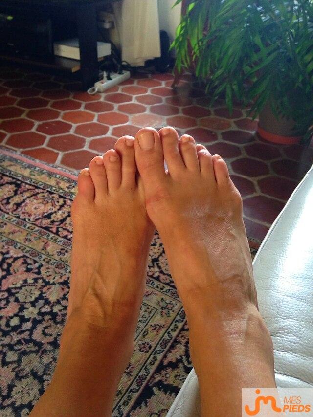 Photo des pieds de Laurence33