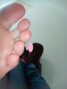 Photos des pieds de Buterfly, Encore une fois, vous ne résisterez pas aux adorables petits pieds de Ma Femme !