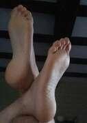 Photos des pieds de Lapetitefetish, Autre vernis et plante