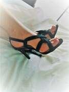 Photos des pieds de Buterfly, Les adorables petits pieds de Ma Femme à l'hôtel.