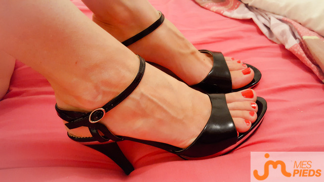 Photo des pieds de Laféedescaresses