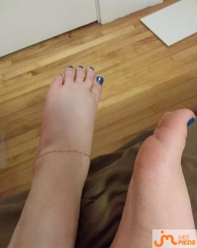 Photo des pieds de Mirajane