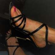 """Photos des pieds de Janusmilo, Mes sandales """"Marcella""""(2)"""