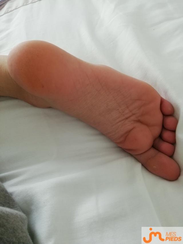 Photo des pieds de Clarajtm