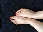 Photos des pieds de Accueillante, Une première