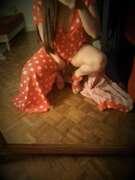Photos des pieds de Buterfly, Les souliers rouges à pois