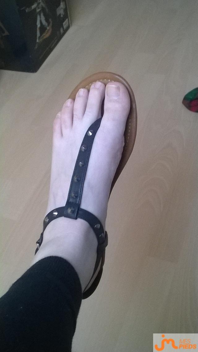Photo des pieds de Spikelouve