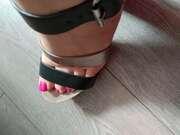 Photos des pieds de Kylianl, Les pieds de madame